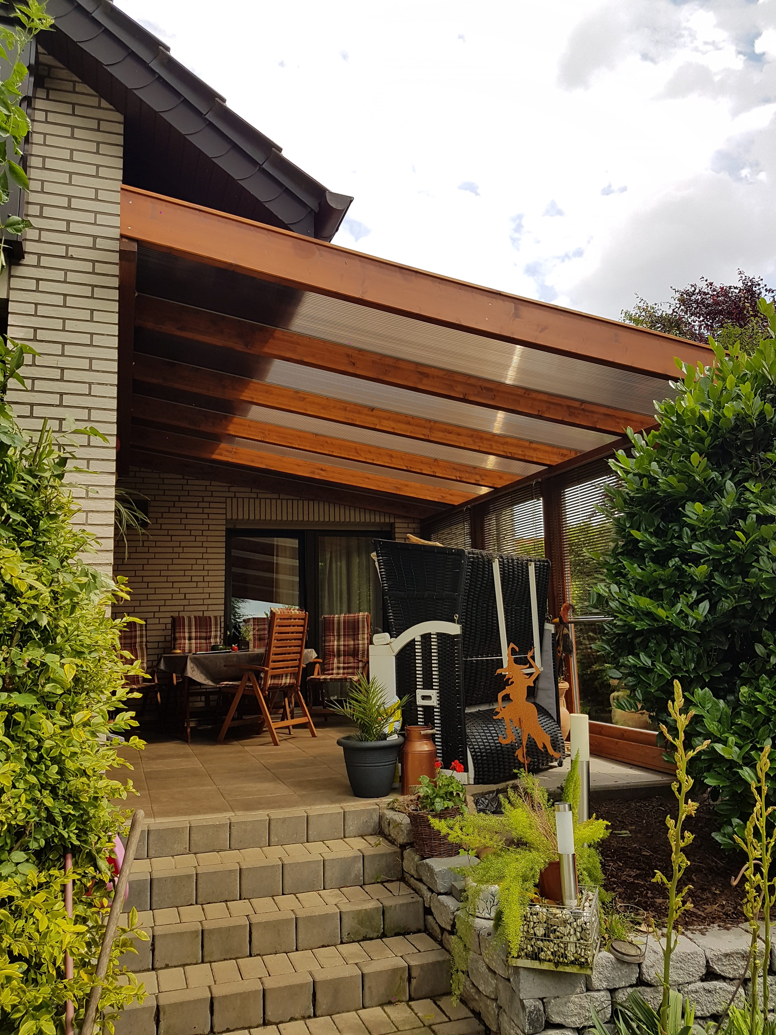 Terrassenüberdachung, Holz, braun, Verbundglas