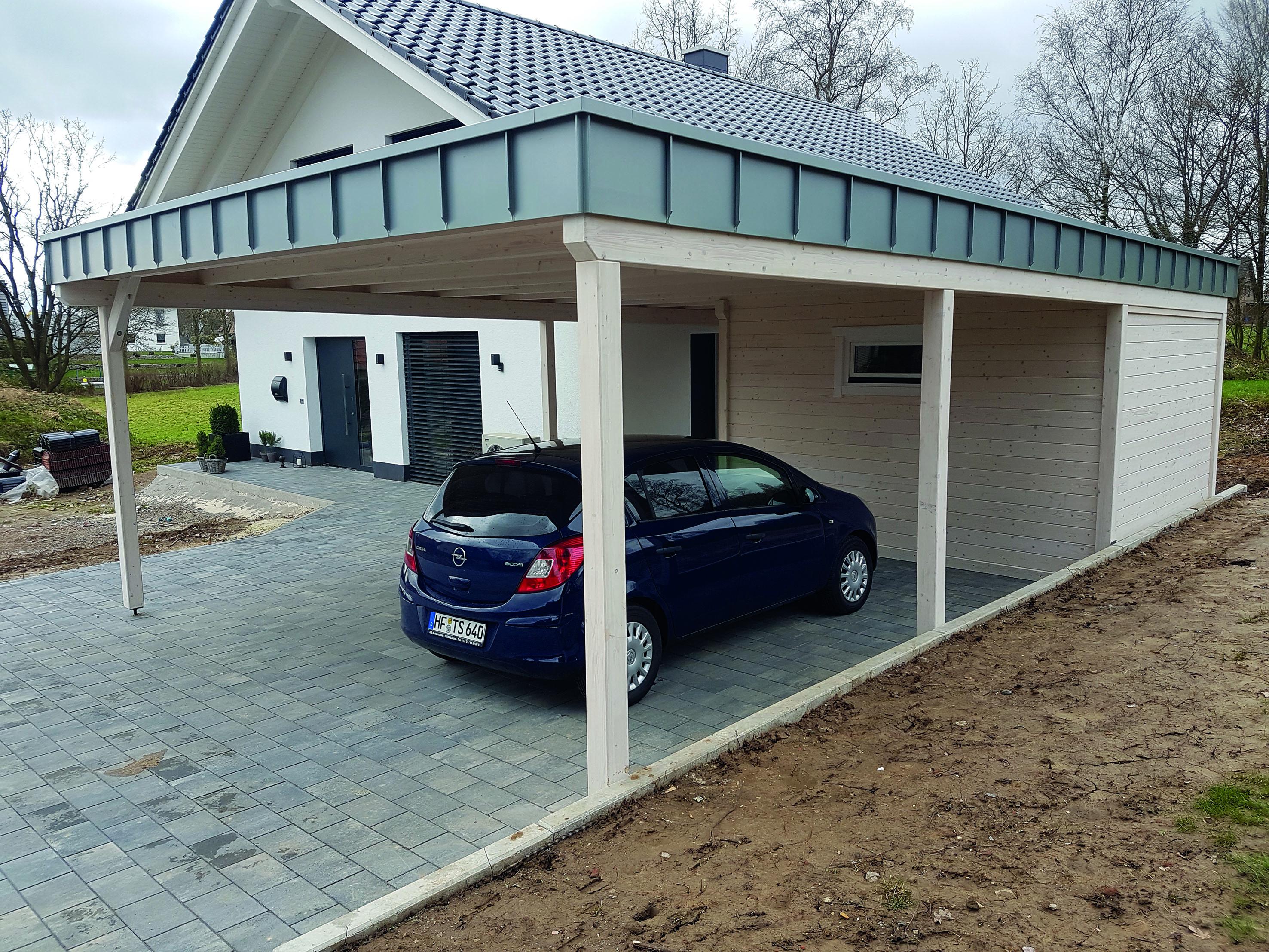 Carport, Dachverblendung aus Metall