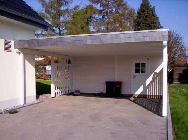Doppel-Carport, Abstellraum, Naturschieferblende