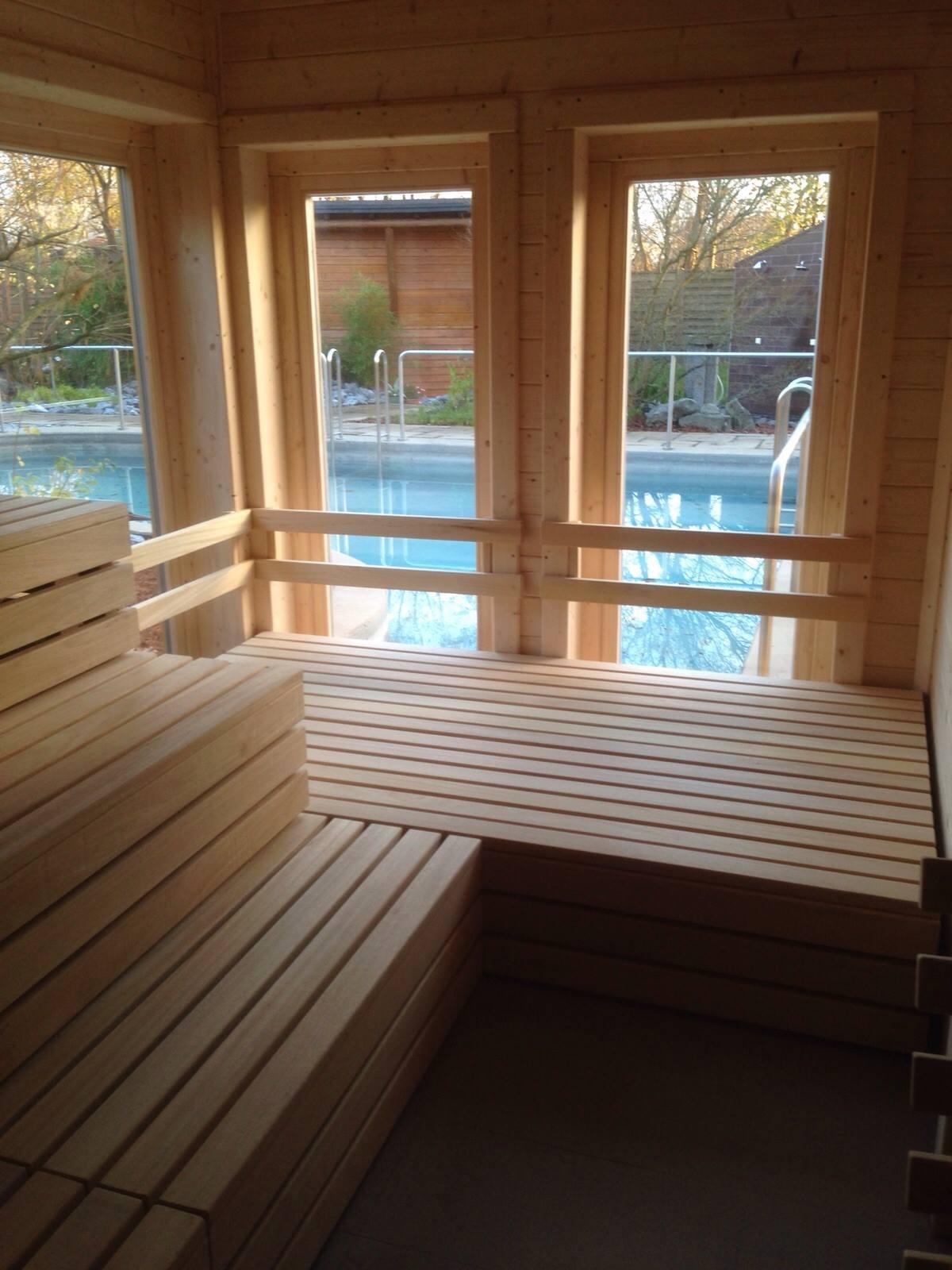 Sauna, Sitzflächen, Liegeflächen